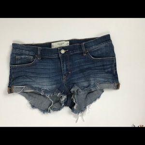 Gilly Hicks Sydney size 8 Jean shorts